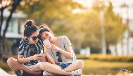 Половое развитие девочек: каковы его особенности и что должно насторожить родителей