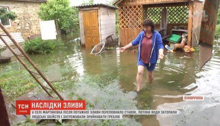 Выше окон залило дома в Винницкой области в результате ливней