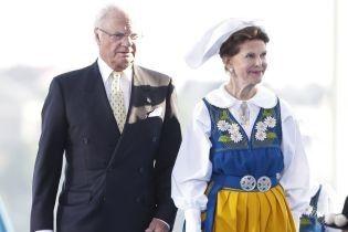 Красиві і в національних костюмах: королева Сільвія з доньками-принцесами на святковому заході