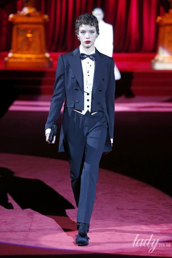 Коллекция Dolce & Gabbana прет-а-порте сезона осень-зима 2019-2020_12