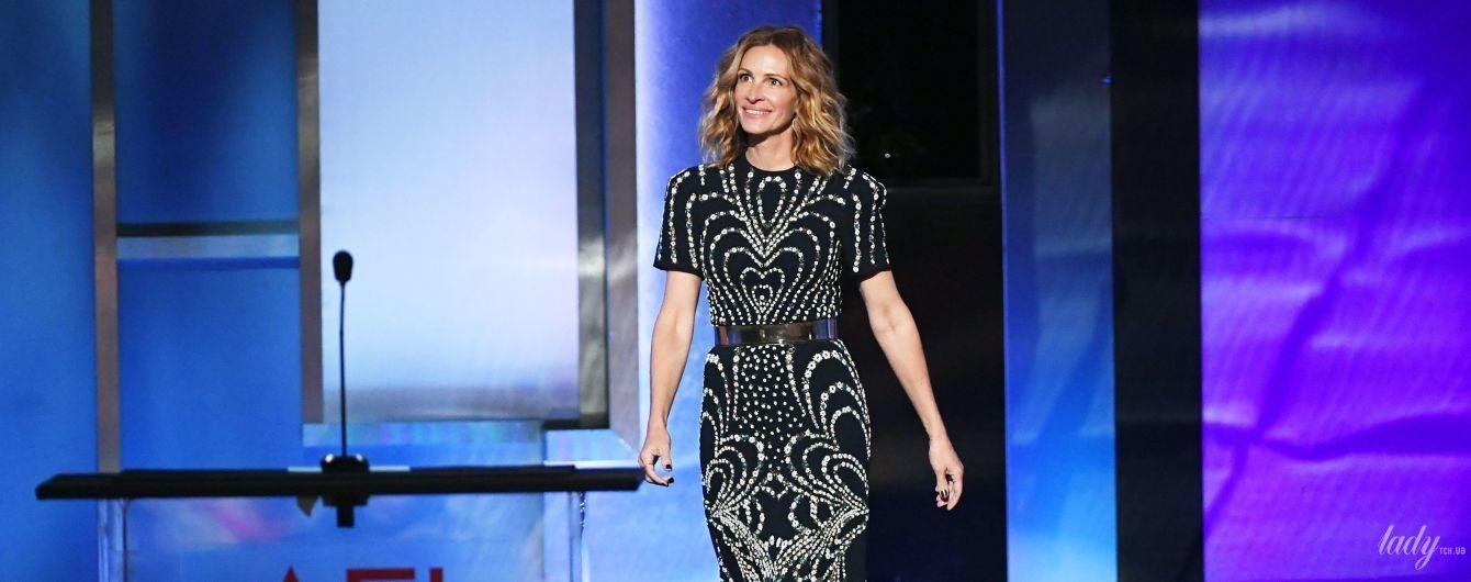 В макси-платье от Givenchy: красивая Джулия Робертс на светской церемонии