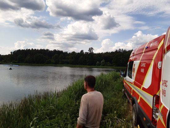 Внаслідок аварійної посадки літака на Київщині поліція відкрила кримінальне провадження