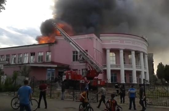 В окупованому Стаханові згорів кінотеатр