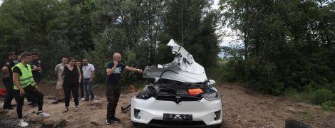 Під Києвом сталася перша в Україні смертельна ДТП за участю Tesla – ЗМІ