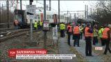 Неподалік Брюсселя зійшов з рейок пасажирський потяг