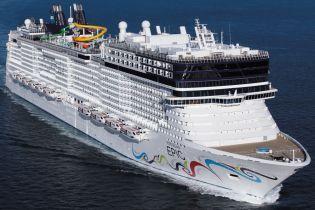 У Середземному морі шукають американську туристку, яка ймовірно випала з круїзного лайнера