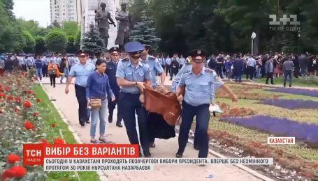 Сотни задержанных и массовые фальсификации - в Казахстане внеочередные выборы президента