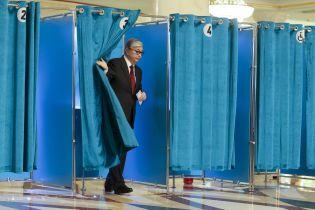 Итоги выборов в Казахстане: ставленник Назарбаева побеждает и 500 задержанных протестующих