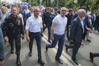 После отставки правительства Молдовы из Кишинева вылетели пять чартеров. Два из них - в Украину