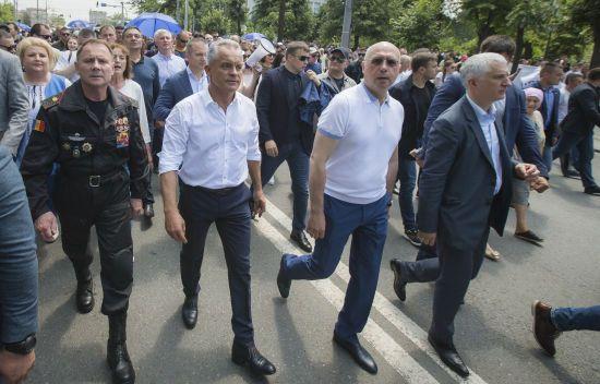 Після відставки уряду Молдови з Кишинева вилетіли п'ять чартерів. Два з них - до України
