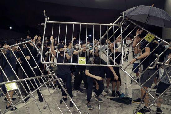 Протести у Гонконгу. Попри успіх мітингу, автономії доведеться підкоритись Китаю