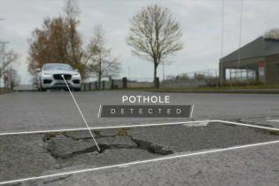 В Англії водії будуть заробляти на дорожніх ямах