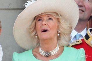 Самая красивая гостья: герцогиня Корнуольская Камилла в мятном аутфите на праздновании дня рождения королевы