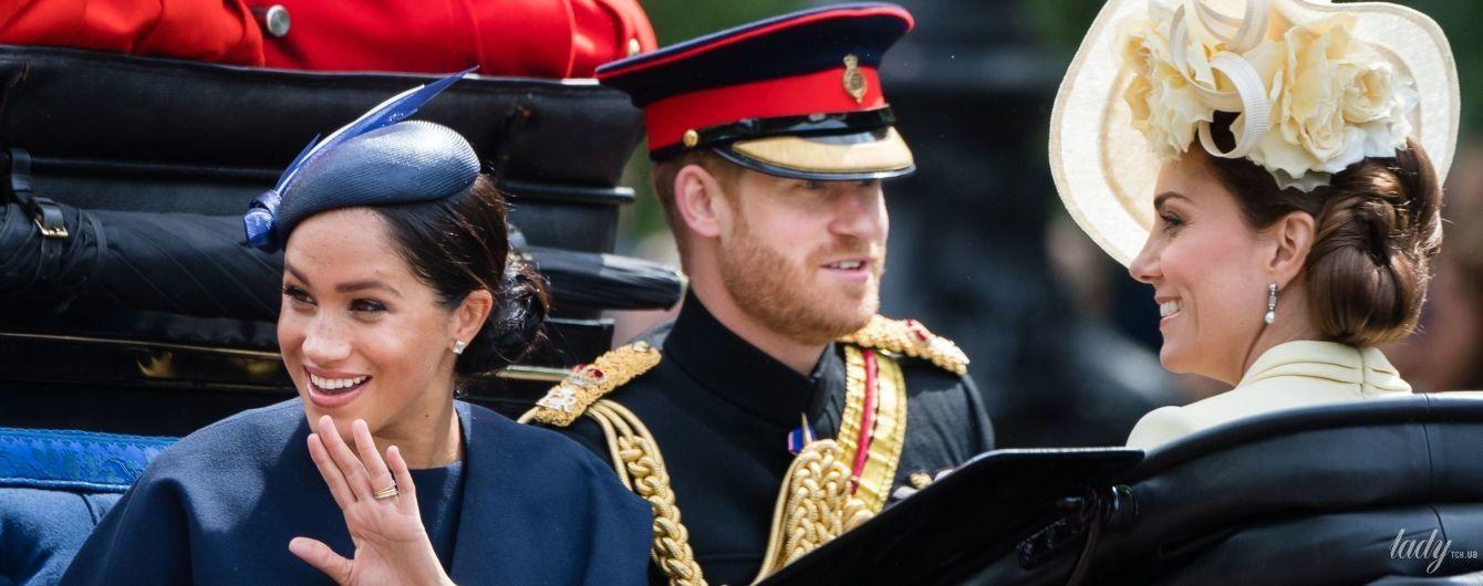 Заслужила: герцогиня Сассекская появилась на публике с новым украшением на пальце
