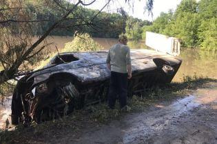Выброс химикатов в реку Рось: ГСЧС отчиталась о ситуации