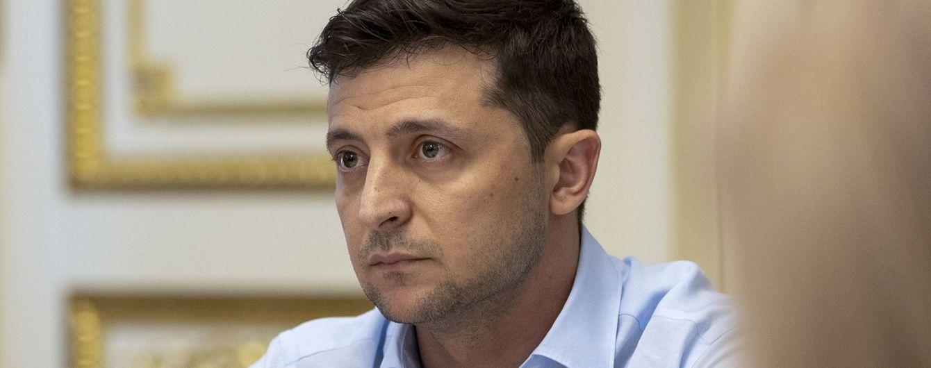 Зеленский в новом видеообращении пообещал прийти на заседание КС относительно роспуска парламента