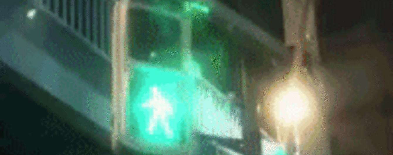 Светофор с дополненной реальностью визуализировали в Японии