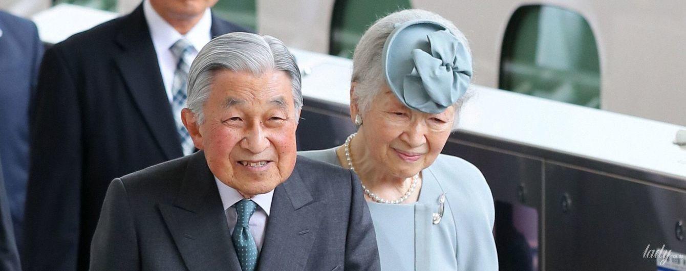 На заслуженому відпочинку: подружжя почесних імператорів Японії подорожує країною