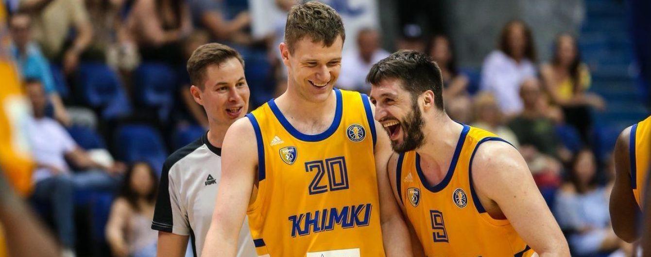 """Баскетболистов российского клуба """"обчистили"""" прямо во время матча"""