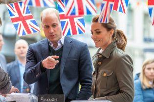 Кейт Миддлтон в брутальном образе вместе с Уильямом приехала с визитом в Камбрию