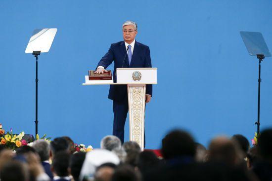 Президент Казахстану після скандальних заяв про Крим заявив, що симпатизує українцям і побажав миру