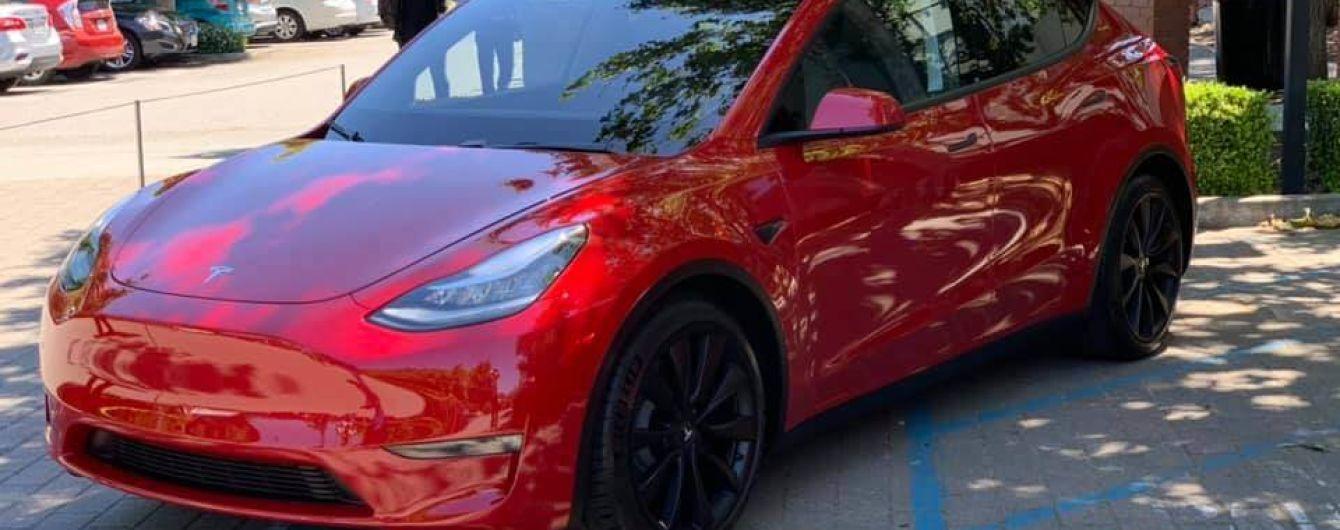Tesla розповіла про старт продажів і ціни Model Y в Європі