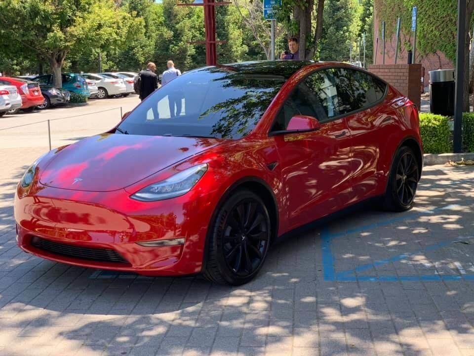 Tesla Model Y, родстер і Semi_3