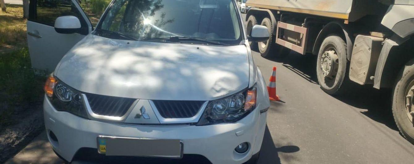 У Маріуполі працівник прокуратури збив жінку на пішохідному переході