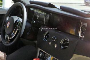 Шпигуни зняли кузов і салон оновленого Rolls-Royce Ghost