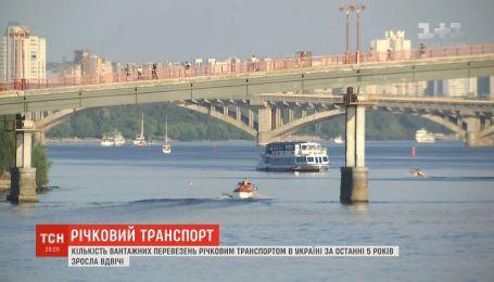 В Украине растет количество грузовых перевозок речным транспортом
