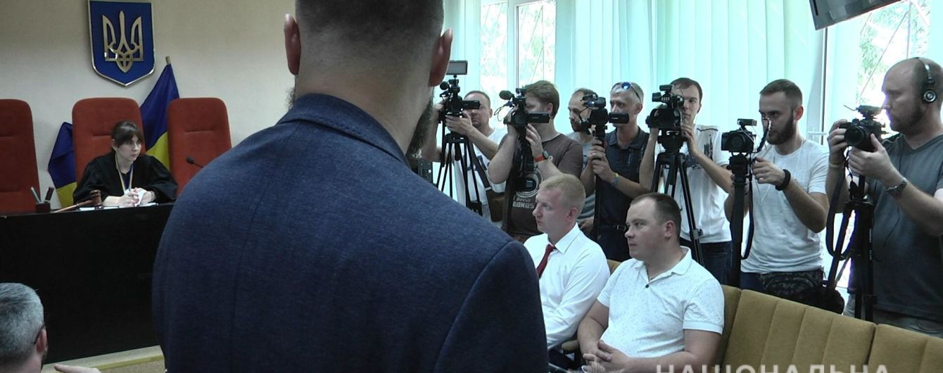"""Массовая драка в """"Барабашово"""": суд отправил под домашний арест подозреваемого в избиении оператора"""