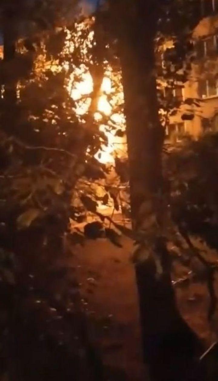 В спальном районе Киева ночью горела многоэтажка