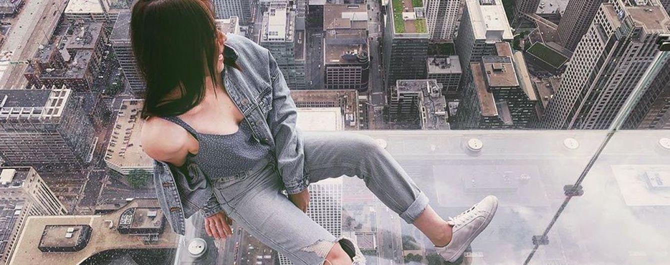 В Чикаго прямо под туристами треснул стеклянный балкон на 103 этаже