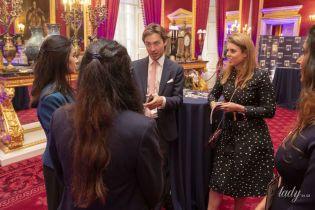Принцесса Беатрис вместе с возлюбленным-миллионером на приеме во дворце