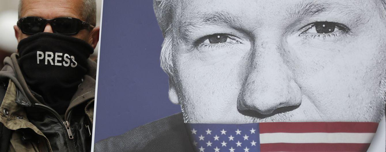 Голова МВС Британії дозволив екстрадувати Ассанжа до США