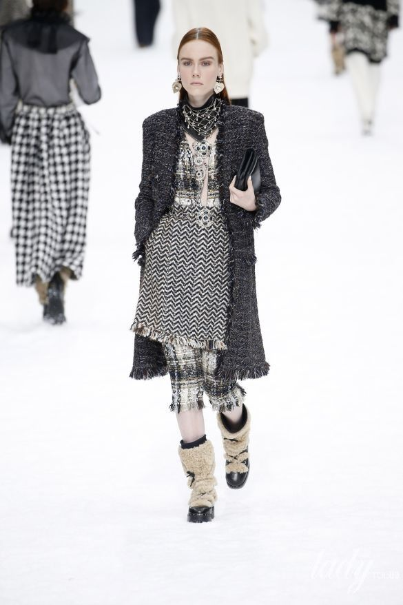 Коллекция Chanel прет-а-порте сезона осень-зима 2019-2020_19