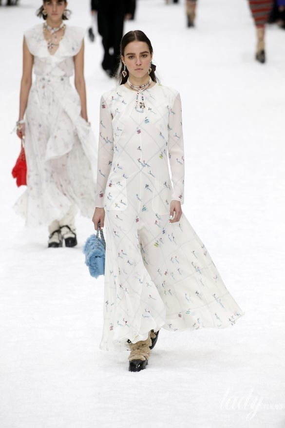 Коллекция Chanel прет-а-порте сезона осень-зима 2019-2020_53