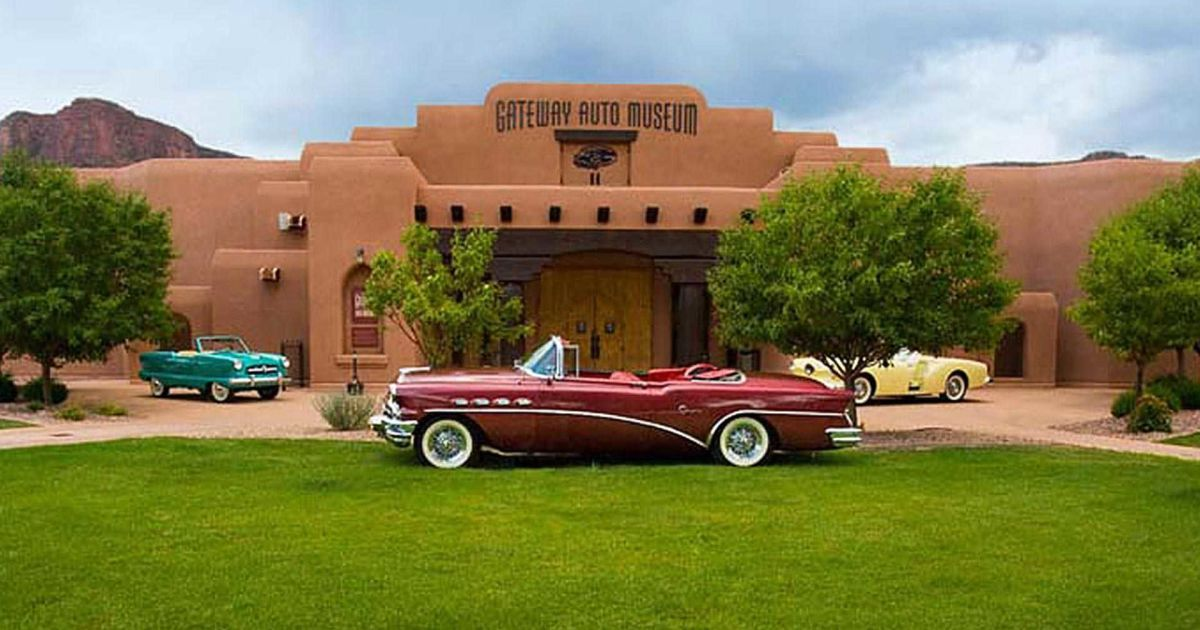 @ Gateway Auto Museum