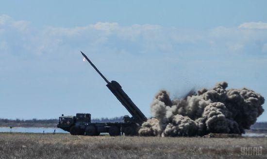 """Данилюк на новій посаді відвідав випробування ракетного комплексу """"Вільха"""""""