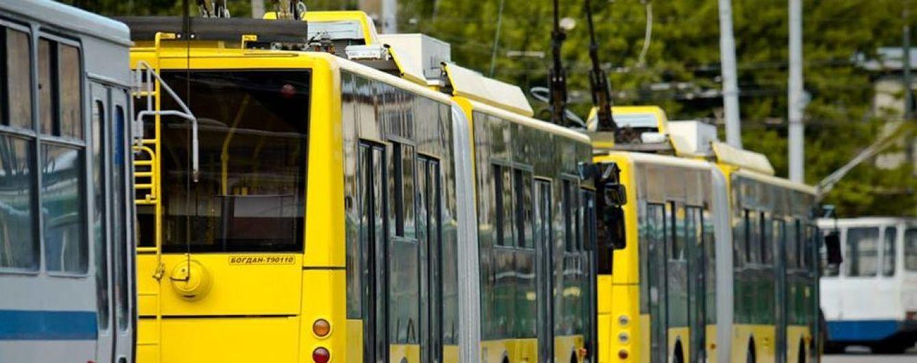 В Киеве на месяц изменят маршруты троллейбусов. Новая схема движения