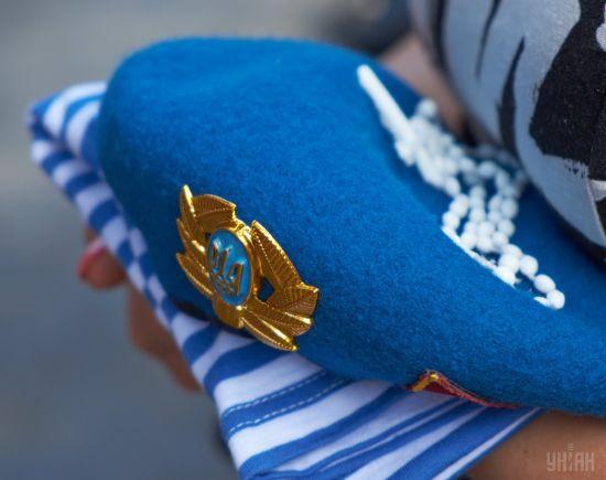 В Україні вшановують загиблих у катастрофі ІЛ-76 під Луганськом