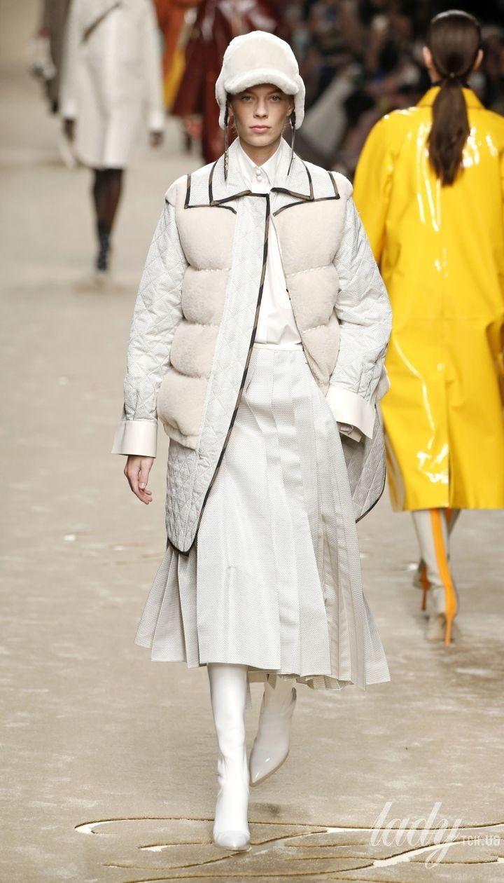 Колекція Fendi прет-а-порте сезону осень-зима 2019-2020 @ East News