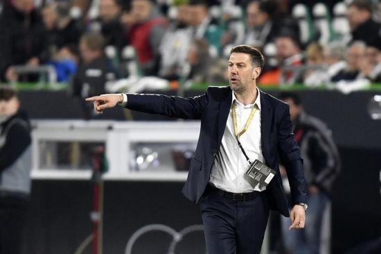 Суперник збірної України у відборі до Євро-2020 залишився без тренера