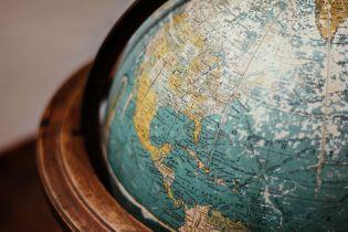 Airbnb предлагает туристическое путешествие по мотивам Жюля Верна