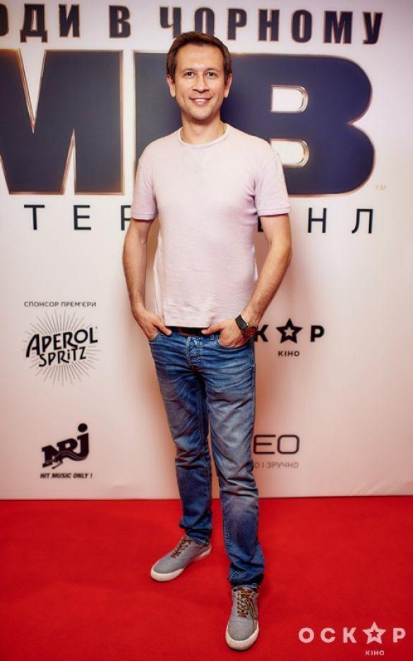 """Звезды на премьере фильма """"Люди в черном: Интернэшнл""""_5"""