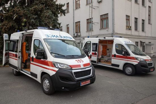 Дитячим лікарням передадуть 200 спеціальних карет швидкої медицини
