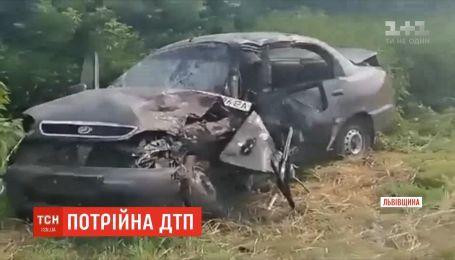 Потрійна ДТП сталась на Львівщині: є загиблий