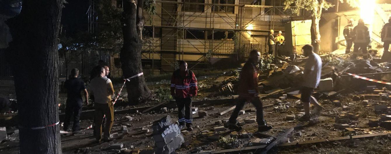 Взрыв в Киеве: в гаражах были кофейные автомобили с газовым оборудованием