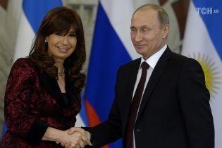 Многомиллионные взятки и подарок Путина: за что в Латинской Америке судят пятерых экс-президентов