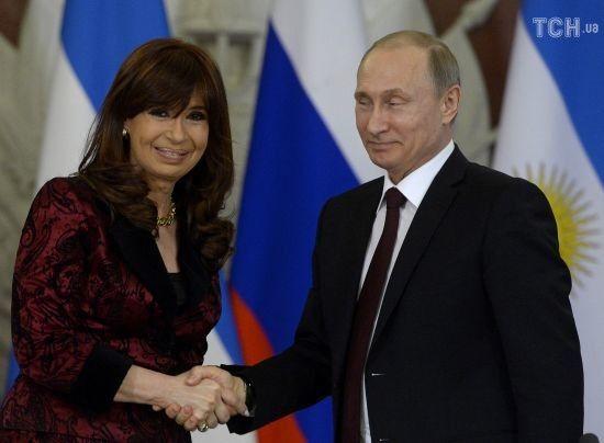 Багатомільйонні хабарі та подарунок Путіна: за що у Латинській Америці судять п'ятьох експрезидентів
